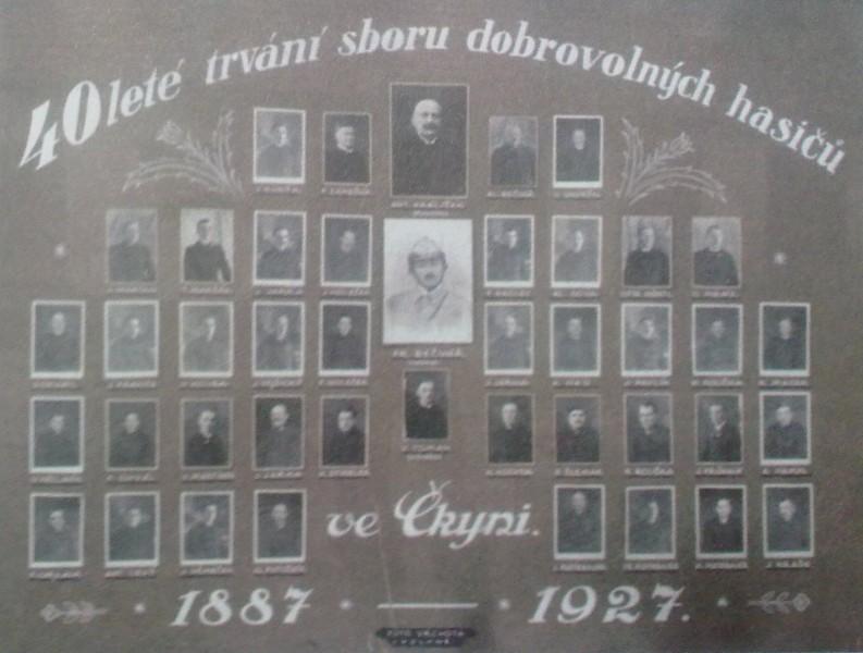 Vedoucí funkcionáři hasičského sboru ve Čkyni v roce 1927